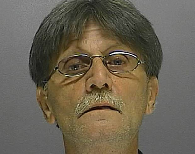 Homem é preso após ligar 80 vezes em cinco horas para a polícia
