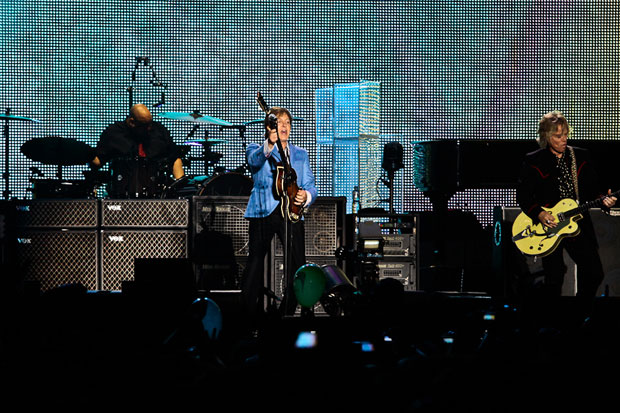 Paul McCartney fez uma lista de músicas que pudesse agradar fãs de todas as idades (Foto: Lucíola Villela/G1)