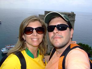 Christian e Andréa se conheceram em um evento para solteiros e estão juntos há oito anos (Foto: Arquivo Pessoal)