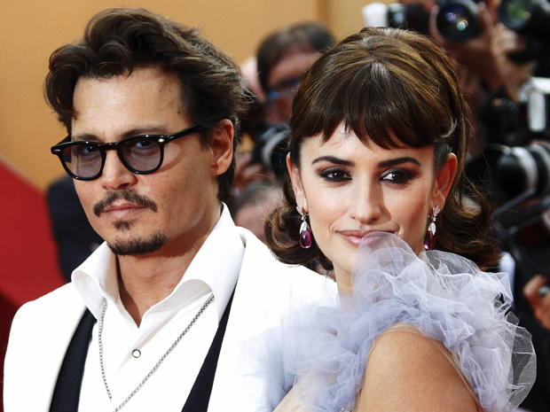 "Johnny Depp e Penelope Cruz no lançamento de ""Piratas do Caribe 4"" em Cannes, no último dia 14. (Foto: Reuters)"