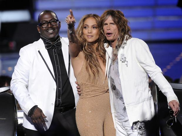 Os jurados do 'American idol' Randy Jackson, Jennifer Lopez e Steven Tyler nesta quarta-feira (25) (Foto: AP/Chris Pizzello)
