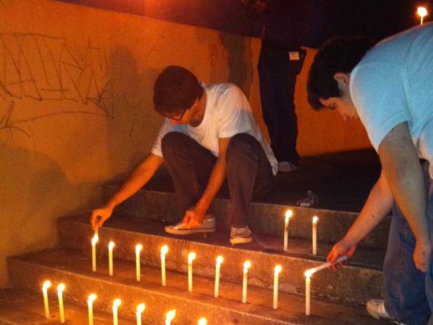 Alunos da USP fazem ato em memória de colega morto (Foto: Carolina Iskandarian/G1)