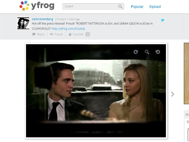 O ator Robert Pattinson no papel de Eric e a atriz Sarah Gadon como Elise em cena de 'Cosmopolis', novo longa de David Cronenberg, diretor de 'A mosca' (1986) (Foto: Reprodução/Twitter)