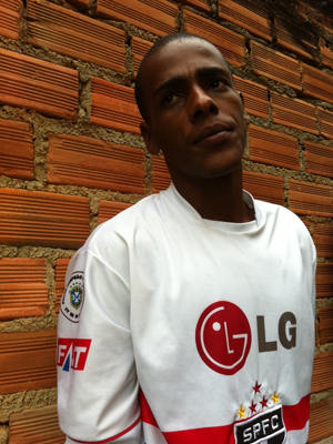 Vizinho Thiago Chaves (Foto: Thamine Leta/G1)