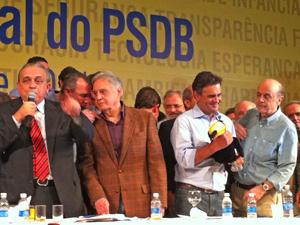 * Após impasse, PSDB unifica discurso e ataca governo Dilma.