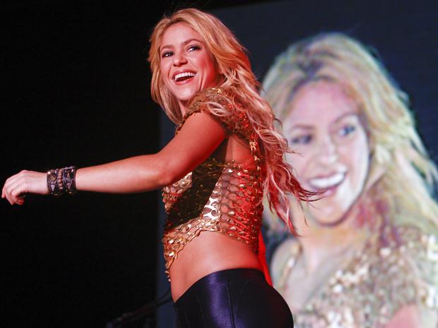 """Shakira voltou ao continente africano após o sucesso de """"Waka Waka"""", o hit da última Copa. (Foto: AP)"""