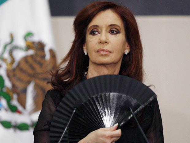 A presidente da Argentina, Cristina Kirchner, em visita à Cidade do México nesta terça-feira (31) (Foto: AP)
