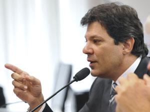 O ministro da Educação, Fernando Haddad, em comissão do Senado nesta terça (31) (Foto: Geraldo Magela/ Agência Senado )