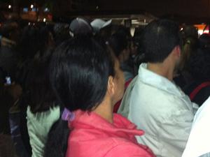 Cozinheira desiste de voltar para casa após caos em terminal (Foto: Paulo Toledo Piza/G1)
