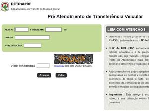 Detran inicia transferência de veículo pela internet (Foto: G1 DF)