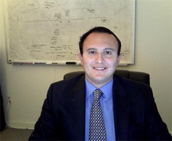 Eduardo Gómez, da Rutgers, fez um levantamento comparativo entre políticas de saúde nos EUA e no Brasil. (Foto: Arquivo Pessoal)