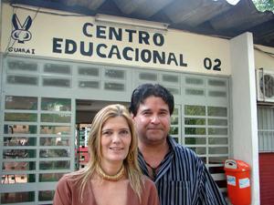 Martha Pfeffer e Alexandre Godoi, que desenvolveram o projeto em escola do Guará (Foto: Jamila Tavares/G1)