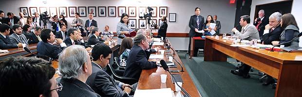 Reunião do Conselho de Ética da Câmara, em que foi aprovado o relatório pedindo a cassação do mandato da deputada Jaqeline Roriz (PMN-DF) (Foto: Gustavo Lima/Agência Câmara)