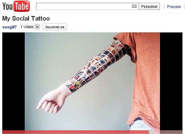 """Uma mulher da Holanda tatuou no braço as fotos dos seus 152 amigos do Facebook. Em um vídeo publicado no YouTube, chamado """"My Social Tattoo"""" (""""Minha Tatuagem Social""""), ela mostra o seu braço sendo tatuado com as imagens dos seus amigos mais próximos que e (Foto: Reprodução/YouTube)"""