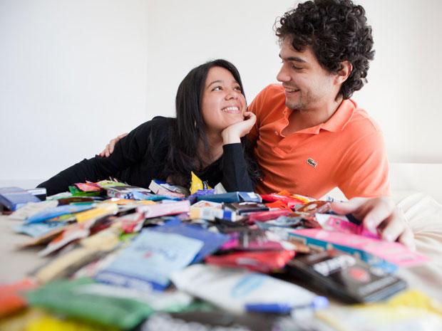Maior colecionador de camisinhas (Foto: Daigo Oliva/G1)