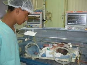 Renato Bragança, pai de gêmeos siameses (Foto: Divulgação)