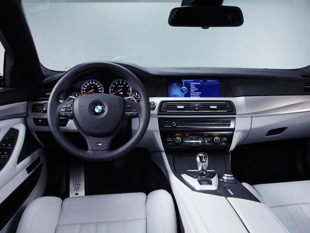 Nova geração do BMW M5 será apresentada no Salão de Frankfurt (Foto: Divulgação)