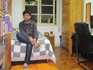 Alexandre Gijon optou por pagar aluguel, já que não teria uma boa entrada para um financiamento (Foto: Gabriela Gasparin/G1)