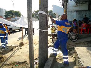 Funcionários da Seop participaram de operação Choque de Ordem na Mangueira após ocupação da polícia neste domingo (19) (Foto: Divulgação/Seop)