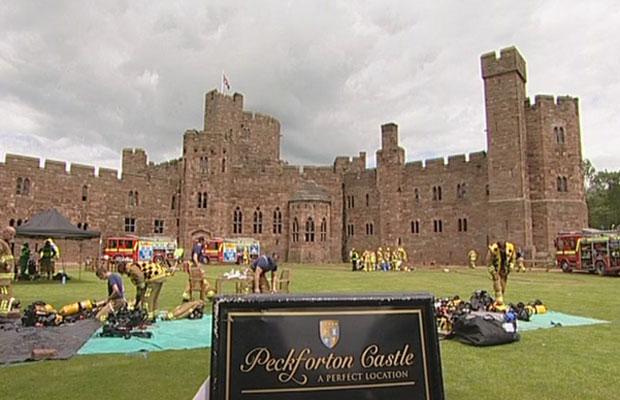 O castelo de Peckforton é uma atração no interior nas proximidades de Liverpool (Foto: BBC)