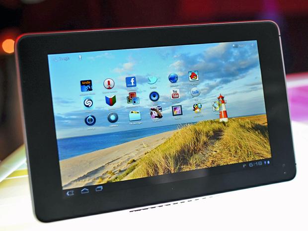 Tablet MediaPad, da Huawei, lançado nesta segunda-feira (20) em Singapura (Foto: Reuters)