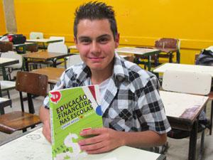 Lucas Fernando aprova as aulas de educação financeira (Foto:   Vanessa Fajardo/G1)