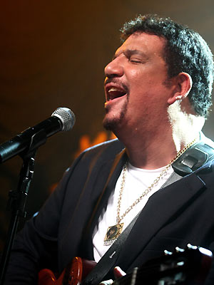 O cantor e compositor Michael Sullivan (Foto: Divulgação)