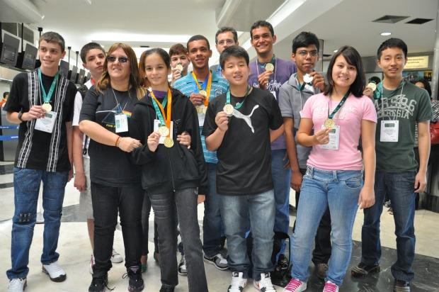 Estudantes de MS medalha de ouro na olimpíada de matemática - 620 (Foto: Fernando da Mata/G1 MS)