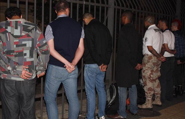 Skinheads presos em São Paulo (Foto: Neila Florêncio/ Futura Press)