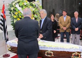 Fernando Henrique Cardoso compareceu ao velório (Foto: Darlan Alvarenga/G1)