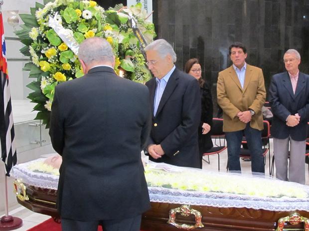 Ex-presidente Fernando Henrique Cardoso comparece em velório do ex-ministro da Educação, Paulo Renato Souza (Foto: Darlan Alvarenga/G1)