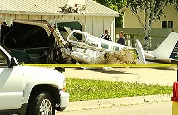 Avião acidentado em Charlevoix, no estado americano de Michigan (Foto: BBC)