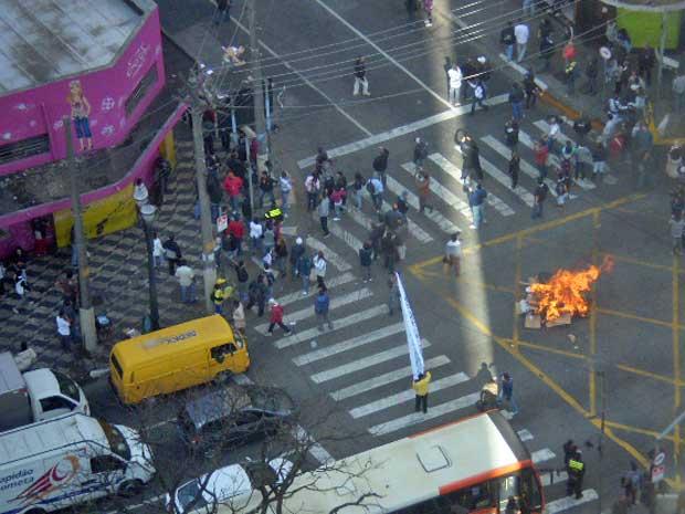 Protesto realizado na manhã desta quinta-feira em SP (Foto: Robert Santos Correa de Moraes/VC no G1)