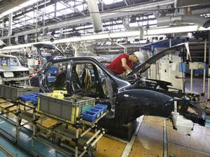 nissan fábrica carros (Foto: Yuriko Nakao/Reuters)