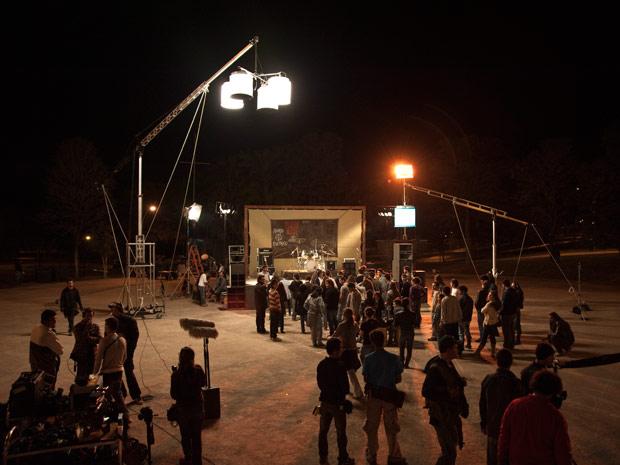 Cena do filme 'Somos tão jovens' (Foto: Divulgação/Divulgação)