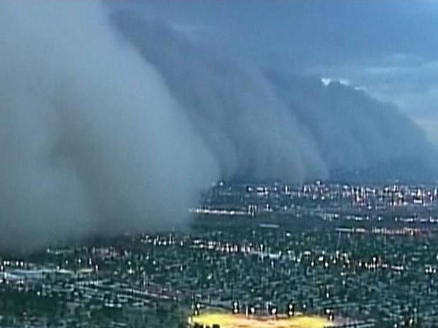 Tempestade de areia sobre Phoenix (Foto: BBC)