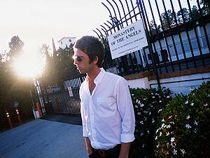 Noel Gallagher diz ter gravado dois álbuns (Foto: Divulgação)