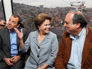 Dilma, Cabral e Pezao no teleférico (Foto: Roberto Stuckert Filho / Presidência)