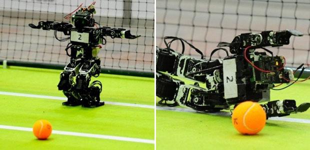 Os melhores artilheiros, zagueiros e goleiros no mundo do futebol de robôs estão reunidos em Istambul, na Turquia. As equipes e os técnicos estão na cidade para participar do evento de futebol para robôs chamado 'RoboCup'.  (Foto: Mustafa Ozer/AFP)