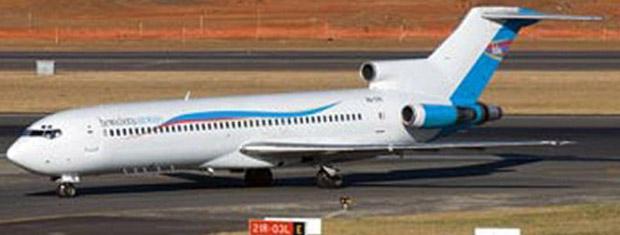 Imagem divulgada pela empresa Hewa Bora mostra um Boeing 727 da empresa, em aeroporto da República Democrática do Congo (Foto: AP)