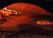 Assar pizza (Foto: Fabiano Correia/G1)