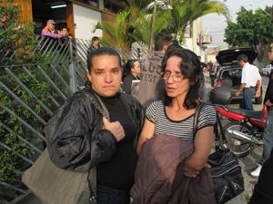 Jadilma e Nerci, prima e mãe de Maiara, apelam por informações (Foto: Juliana Cardilli/G1)