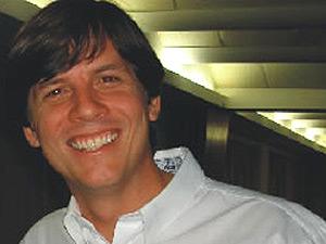Professo Bruno Frederico Albuquerque estava no avião que caiu no Recife (Foto: Divulgação/Faculdade Asces)
