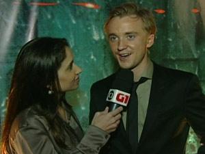 O ator Tom Felton, que interpreta Draco Malfoy, chega ao Morro da Urca e dá entrevista ao G1 (Foto: G1)