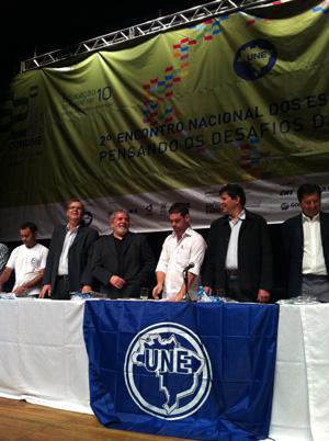 Ex-presidente Luiz Inácio Lula da Silva participou de encontro da Une. (Foto: Sandro Lima/G1)