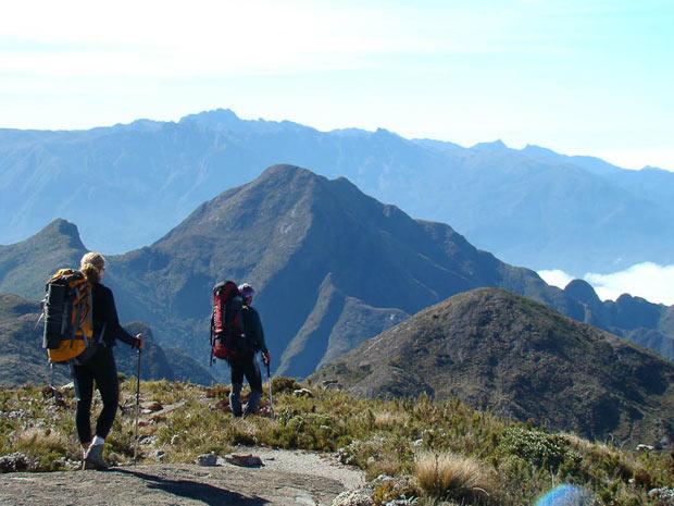 Escalada da Pedra da Mina, com vista para o Pico Agulhas Negras, SP/MG. (Foto: Reprodução/Arquivo Pessoal)