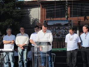 Kassab assina protocolo de intenções para construção do memorial (Foto: Juliana Cardilli/G1)