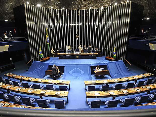Plenário do Senado nesta segunda-feira (18) (Foto: José Cruz/Agência Brasil)