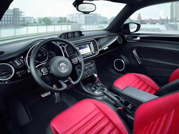 Volkswagen New Beetle 2012 está mais amplo (Foto: Divulgação)