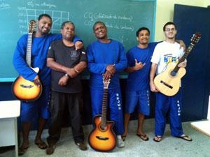 Presidiários usam a música para se sentir livres e mudar de vida no Espírito Santo (Foto: Amanda Monteiro/G1 ES)